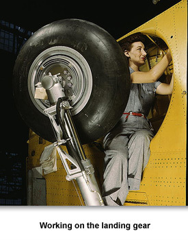 WWII Women Woeking 01 Landing Gear