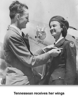 WWII Women at War 02 TN receives wiongs