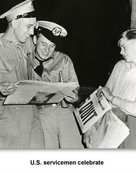 WWII How TN Changed 02 Serviceman Celebrate