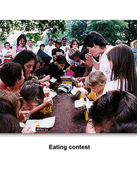 Festival 05 Eating Contest